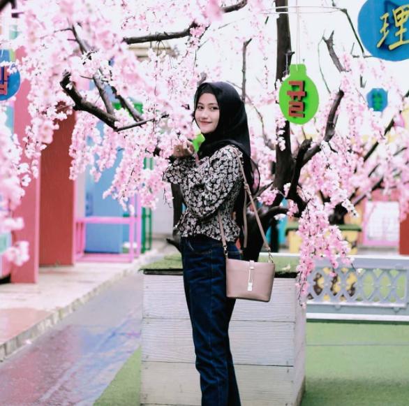 spot foto taman bunga celosia bandungan semarang